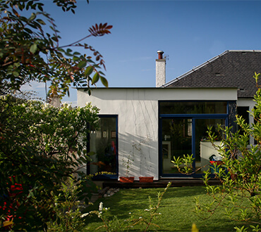 An example of an extension by Grant Bulloch architecture